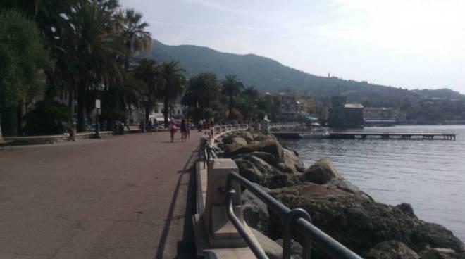 Rapallo la gestione passa al comune iat aperto tutti i for Lungomare genova