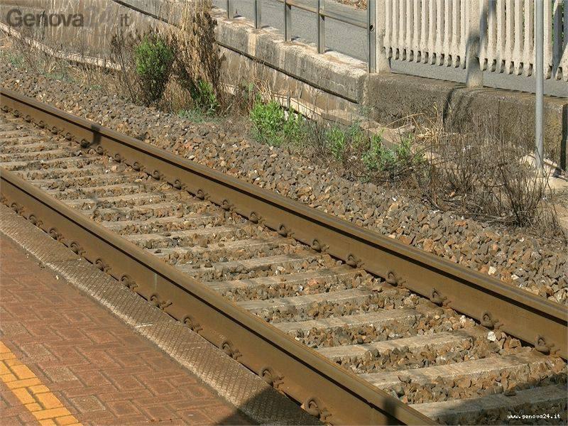 Stazione Genova Costa binari