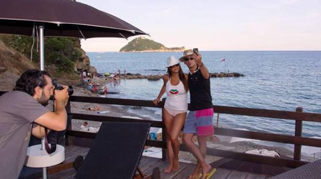 turisti baba beach
