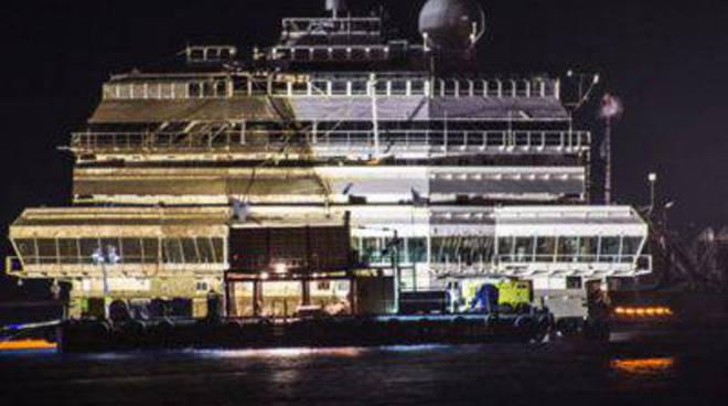 Costa Concordia dritta