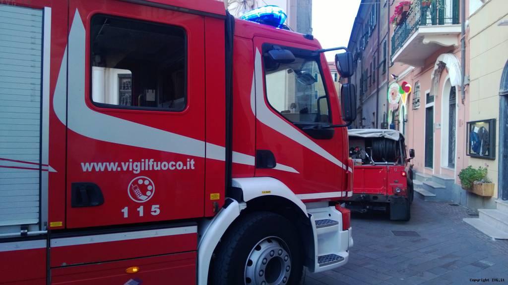 vigili del fuoco e automedica sierra
