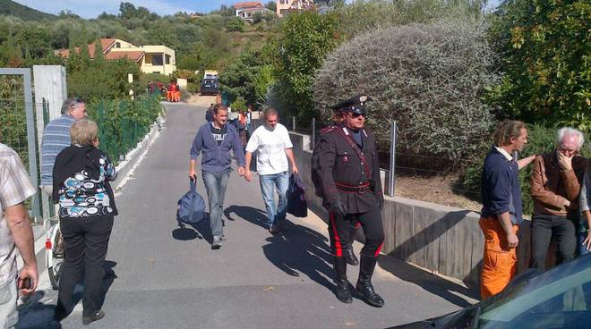 Loano: omicidio-suicidio in via Bulaxe