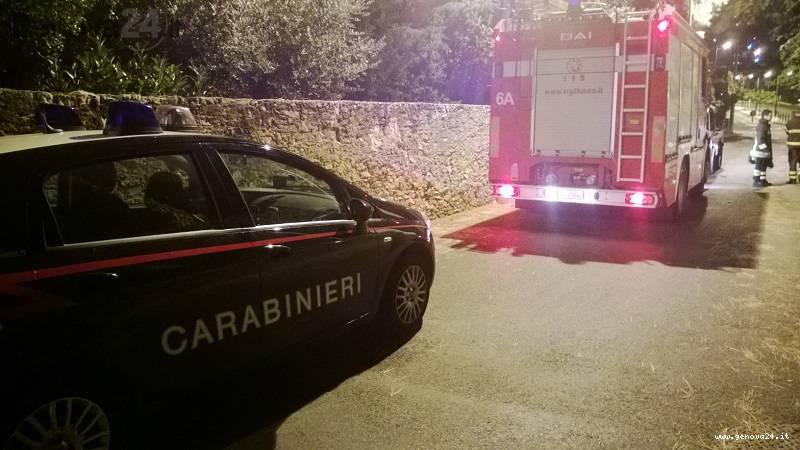 vigili fuoco e carabinieri notte