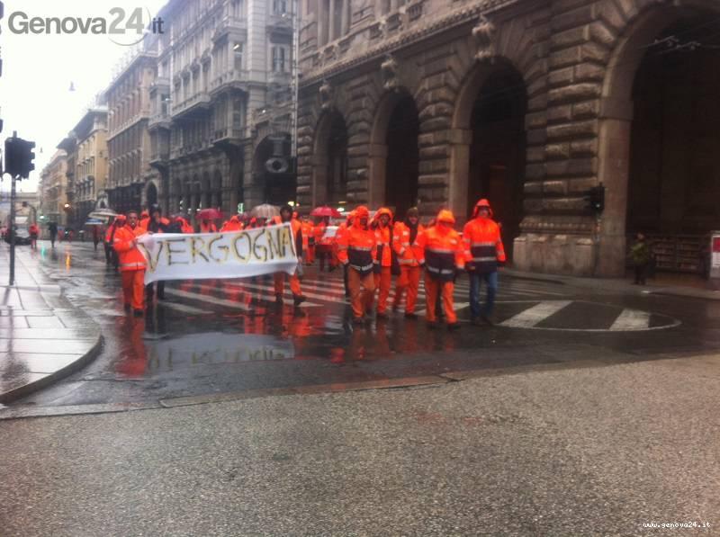 sciopero amt aster amiu 21 novembre 2013