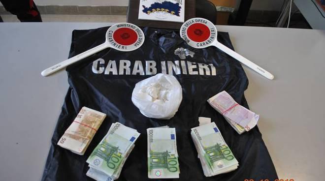 Albenga, sei arresti per droga: sequestrato oltre mezzo chilo di cocaina