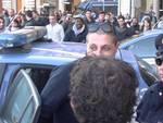 """Forconi, tre ragazzi fermati e portati sulle auto della polizia alla Torretta: rimonta la protesta. Rilasciati dopo """"trattativa"""""""