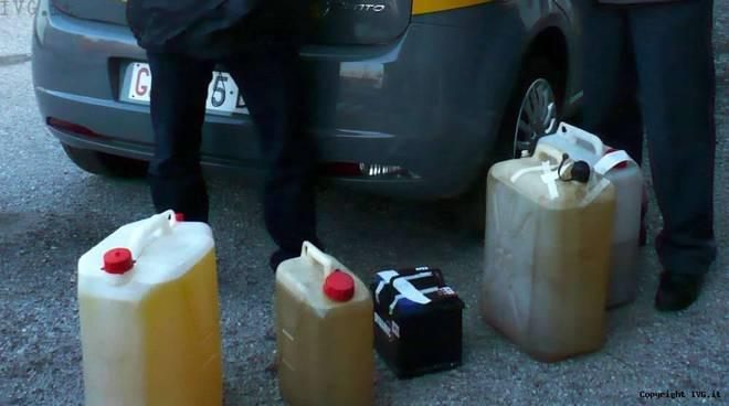 Furto carburanti Cairo