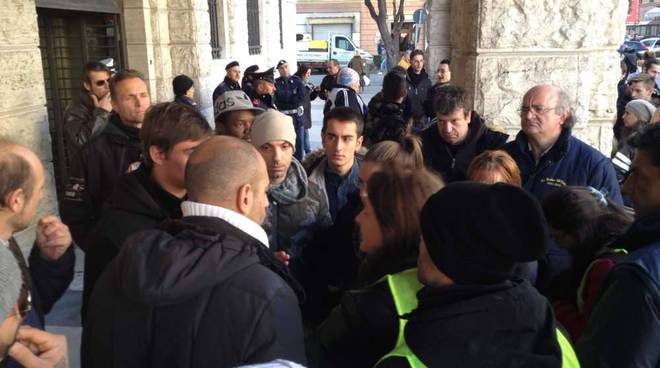 Protesta forconi Palazzo Sisto