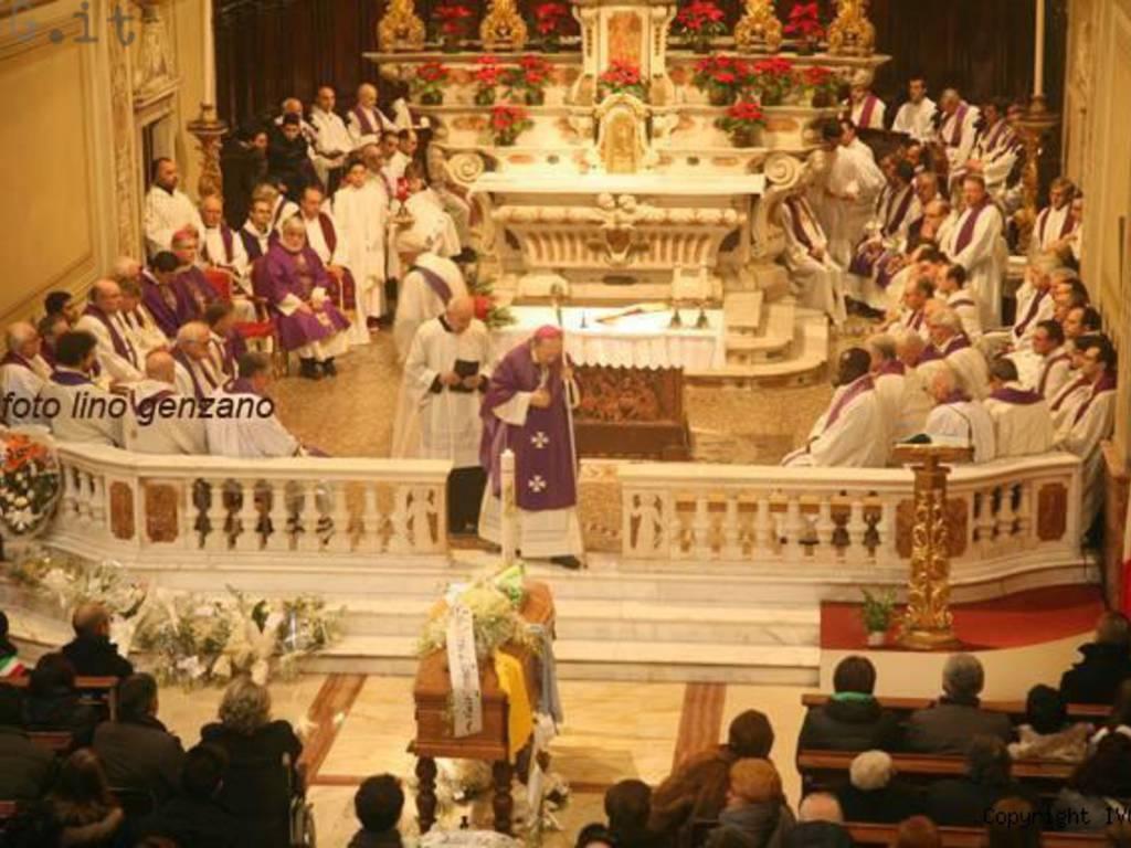 funerale zanirato