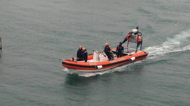 Motovedetta rossa capitaneria di porto alassio