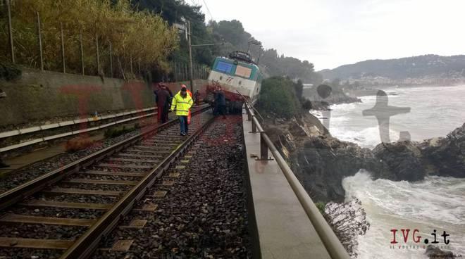 Treno deragliato Andora marchiata