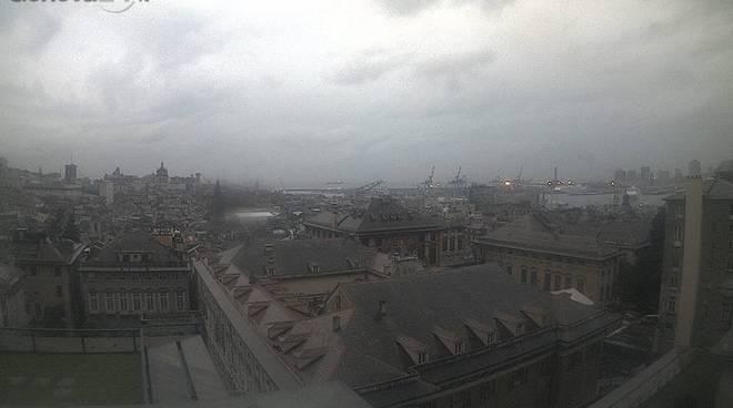 genova, centro pioggia nuvole