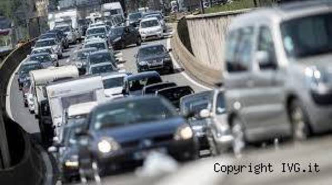 ride sharing traffico code automobili