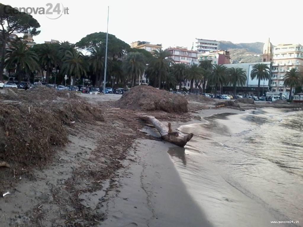 spiaggia rapallo degrado