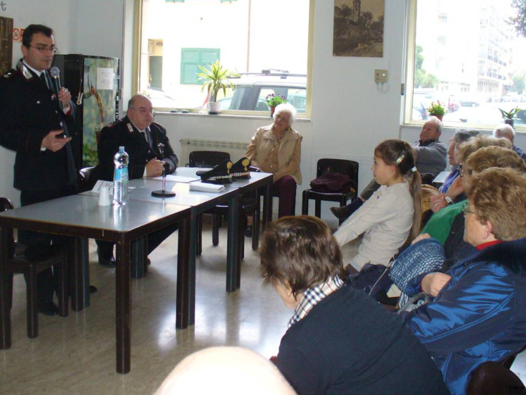 carabinieri albenga anziani colongo pelusi