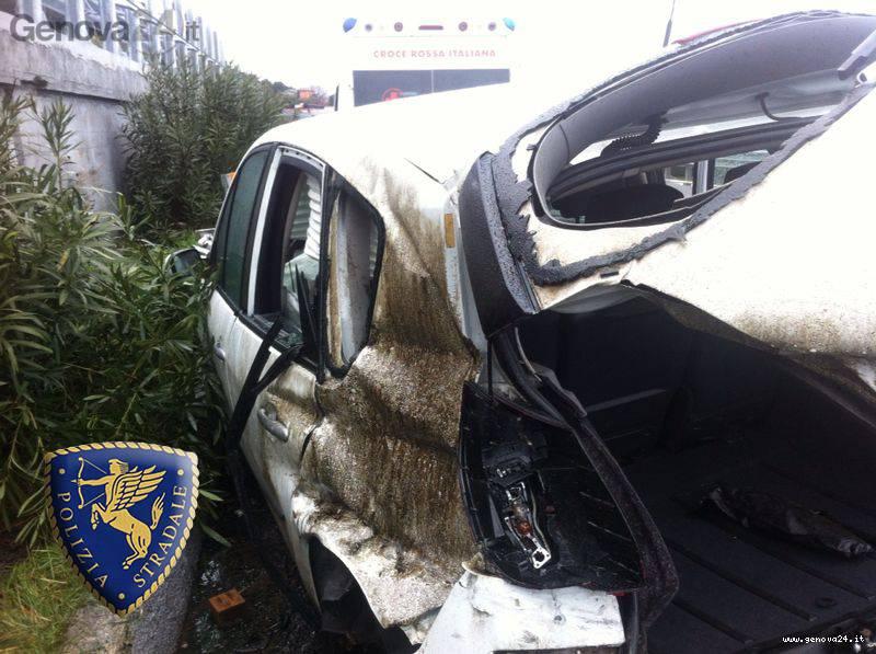 incidente a10 arenzano varazze