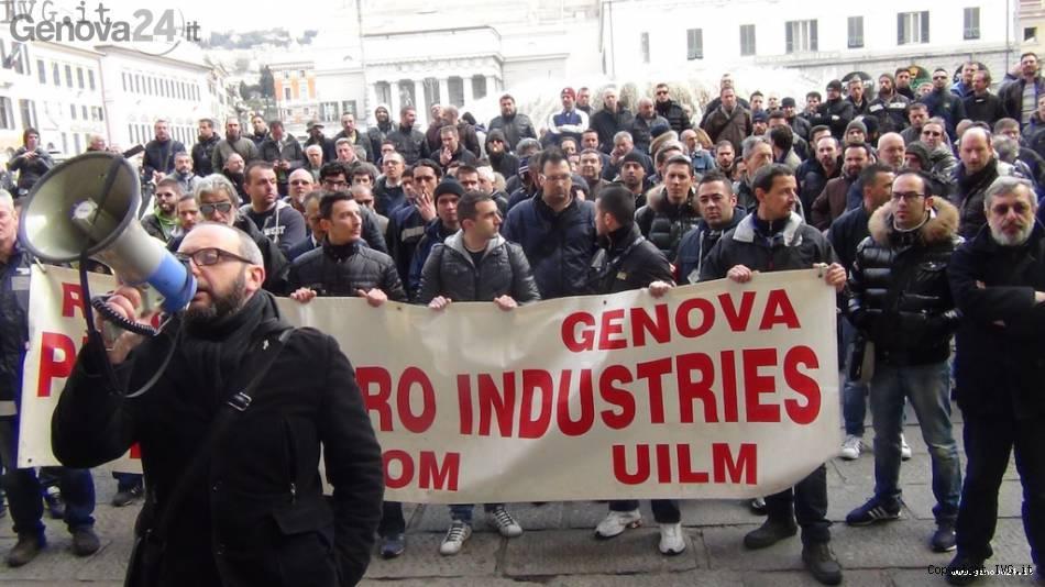 protesta piaggio genova