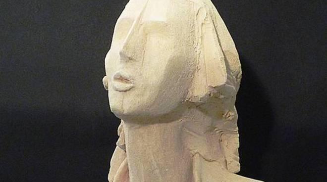 scultura donne
