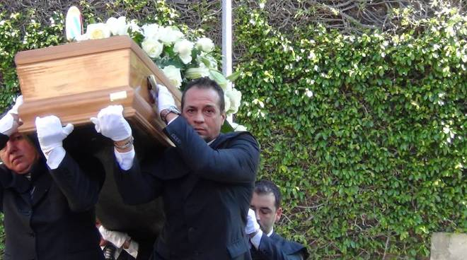 funerale claudio g fava