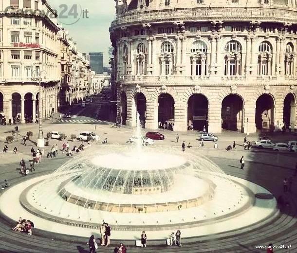 fontana piazza de ferrari bianca, (foto dalla pagina Facebook) Unicef di Genova
