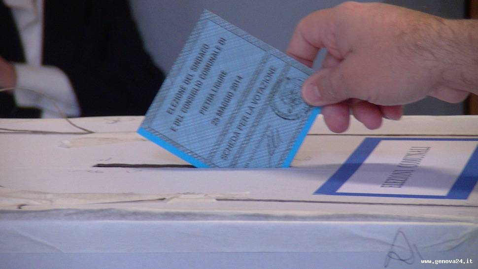 voto seggio elezioni comunali, amministrative 2014