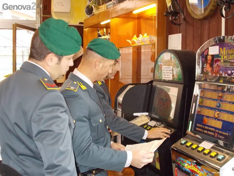 guardia finanza, slot machine, videolottery