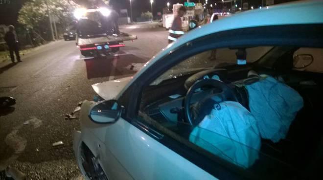 Incidente auto scooter Albenga