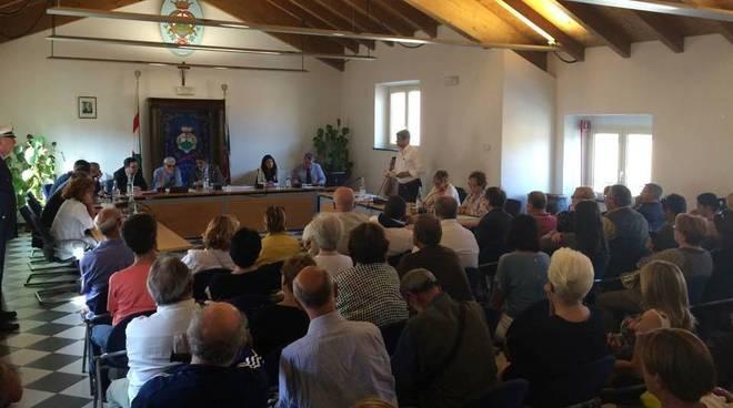 primo consiglio comunale pietra valeriani