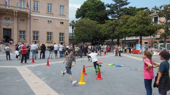 scuole in piazza loano