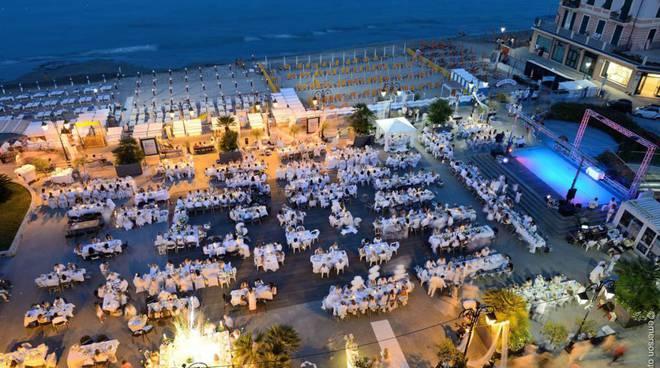 Cena in bianco Alassio