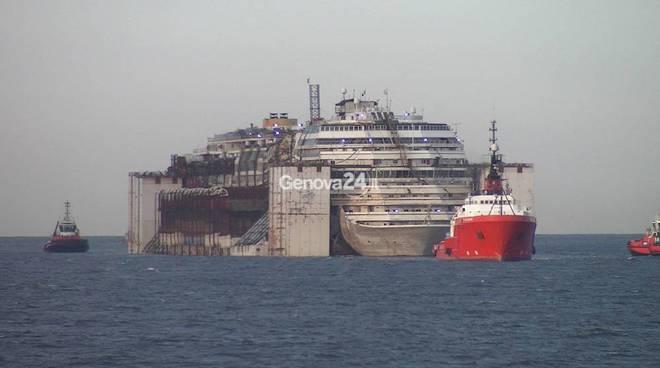 Costa Concordia, genova, costa crociere