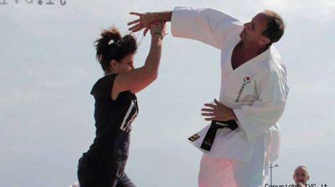 difesa personale autodifesa karate