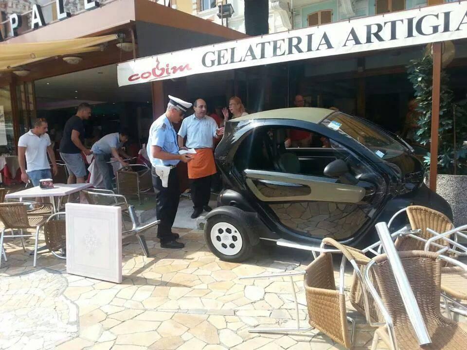 Incidente gran caffè rapallo (foto Francesco Della Longa)