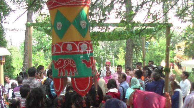 Altare festa Ganesa tempio Hindu
