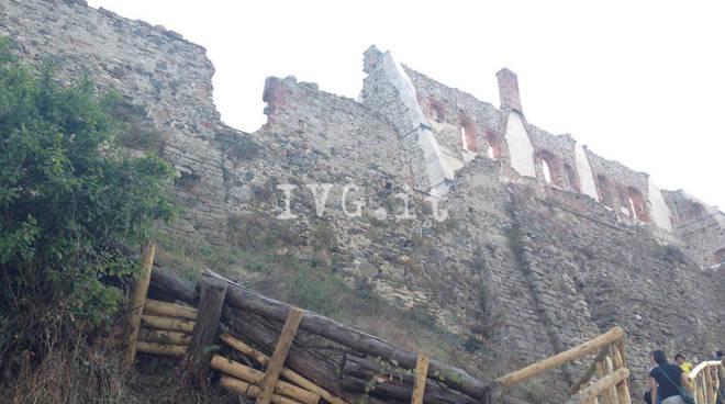 Cairo Montenotte veduta castello del Carretto