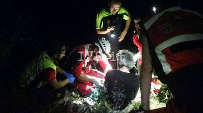 croce rossa disperso notte