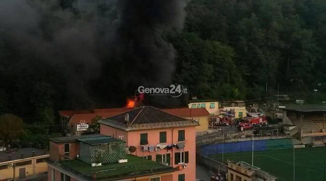 Incendio magazzino Rivarolo