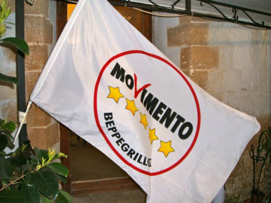 Movimento 5 Stelle bandiera