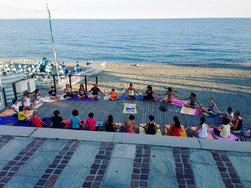Yoga against war Albisola Superiore