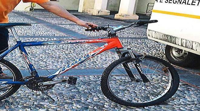 Bici rubate caserma Turinetto Albenga