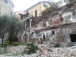 Crollato il chiostro nei giardini di Certosa
