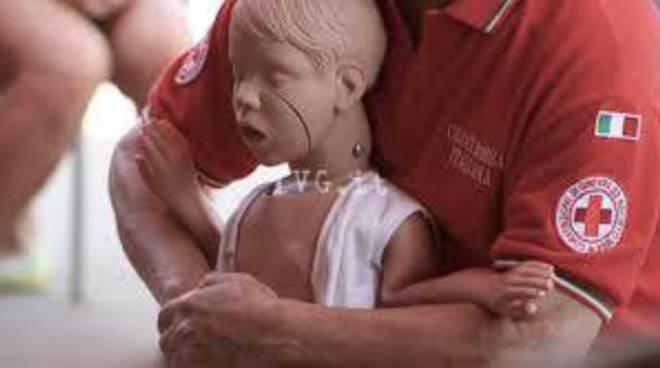 Manovre salvavita pediatriche Croce Rossa