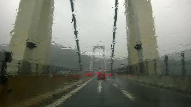 pioggia autostrada genova