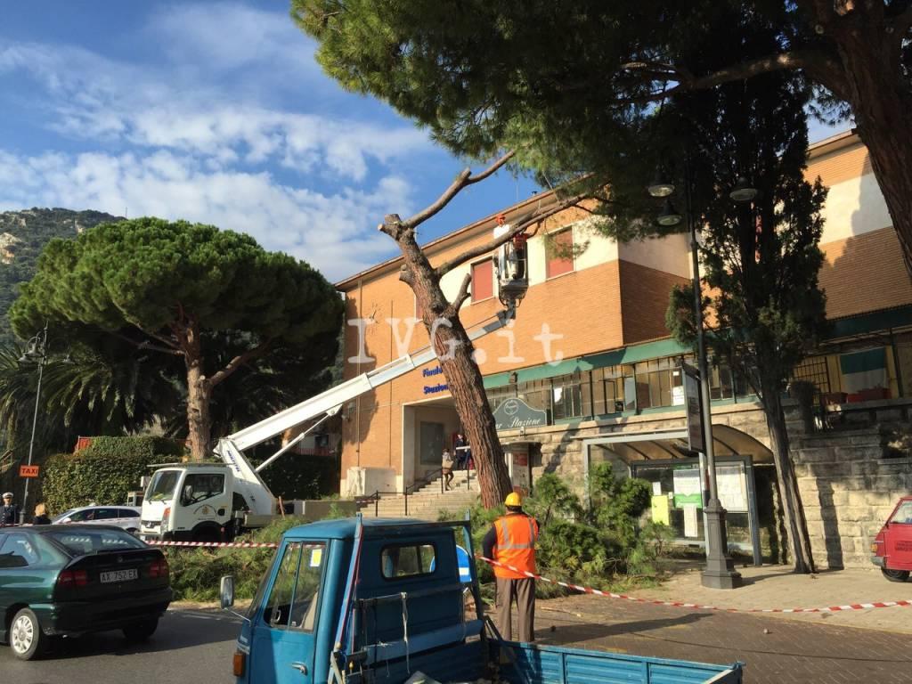A Finale Ligure Trovato una persona senza vita all'interno della stazione ferroviaria
