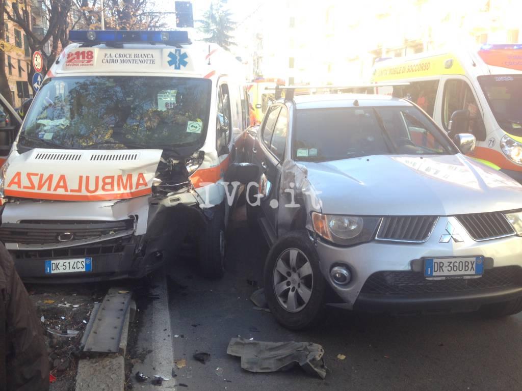 Savona - incidente in corso mazzini