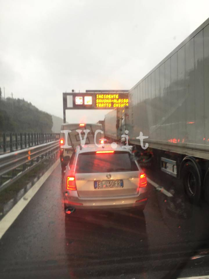 Savona - traffico in tilt 3 novembre