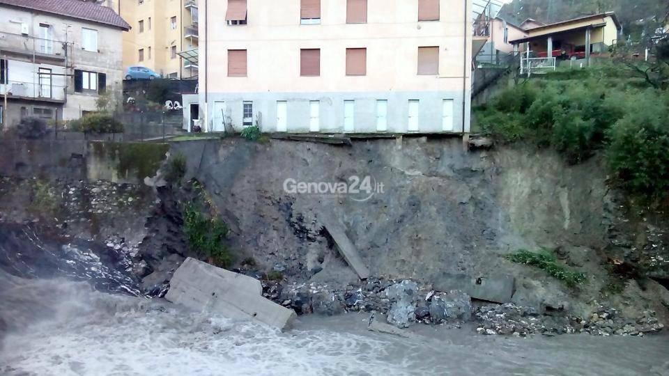 Serra Ricco' - palazzina evacuata