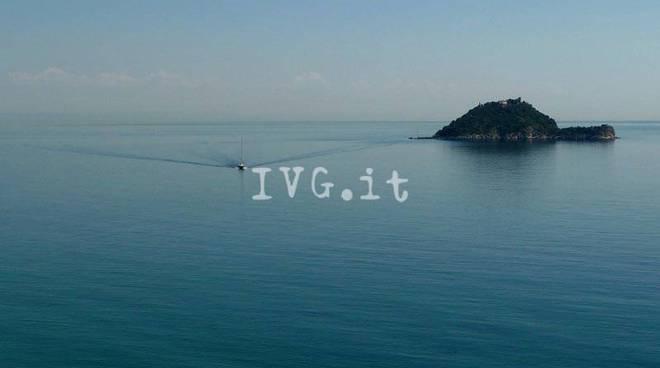 Le isole più strane del mondo: c'è anche la Gallinara