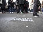 Marcia della matite a Parigi