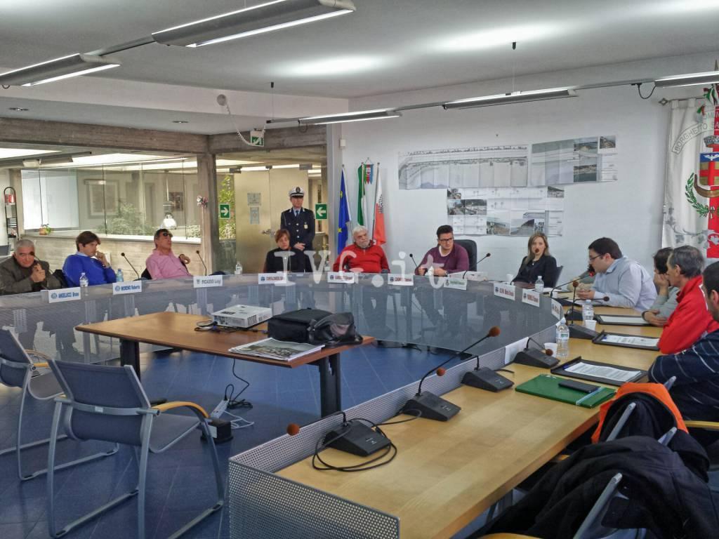 Borghetto, il consiglio comunale dà il via libera alla nuova passeggiata